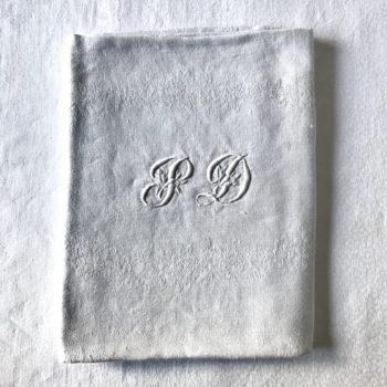 Serviettes de table monogrammées
