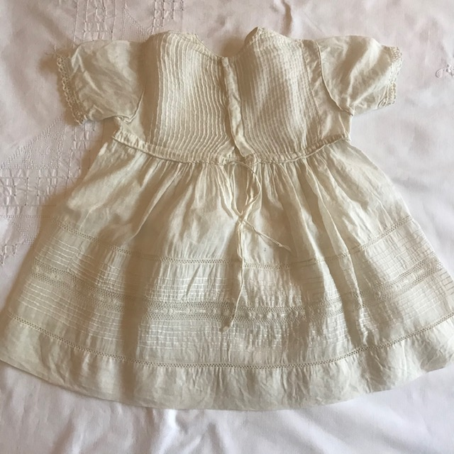Robe de bébé ancienne