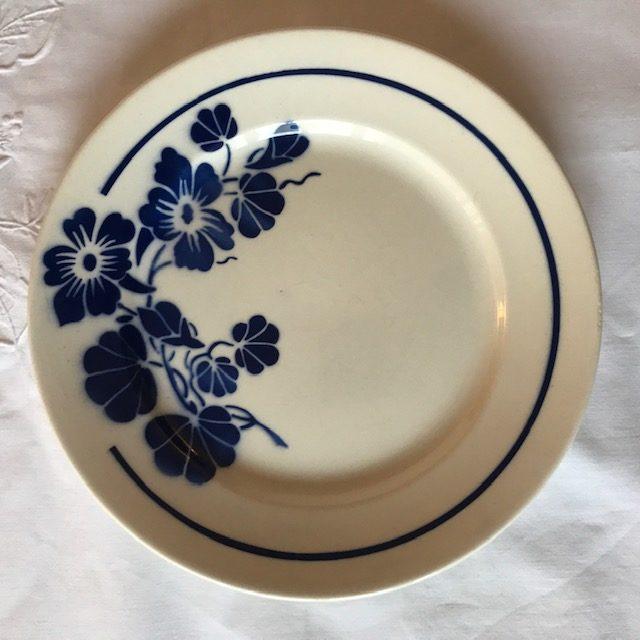 assiette bleue