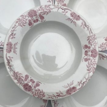 Assiettes roses