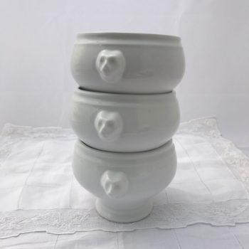 Lot de trois bols à potage
