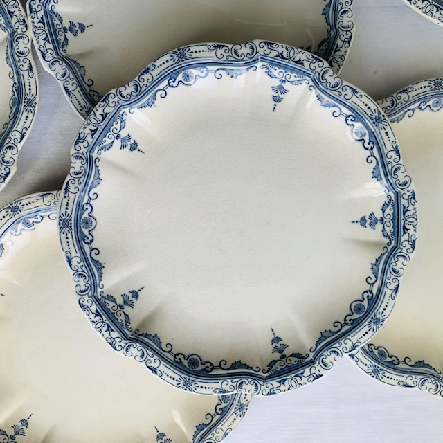 Assiettes plates Derain