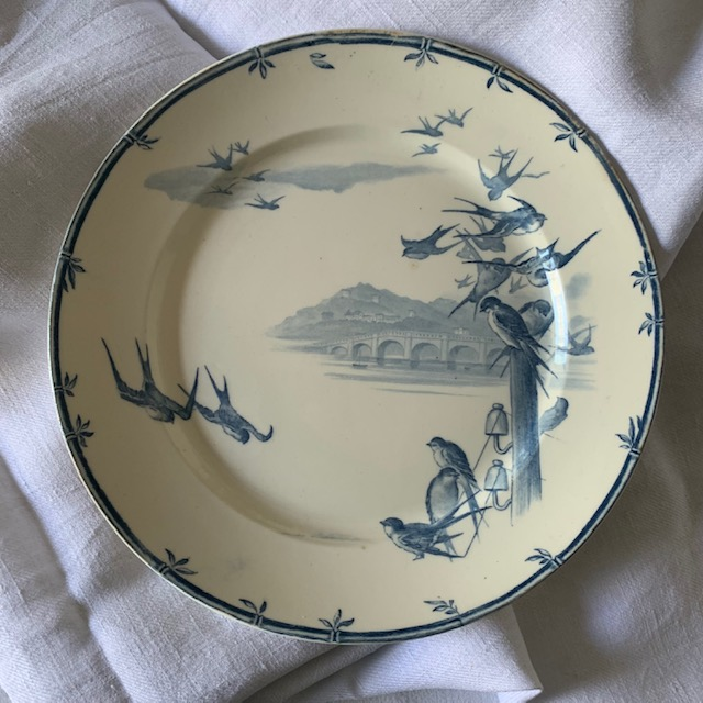 Assiettes plates vol d'oiseaux