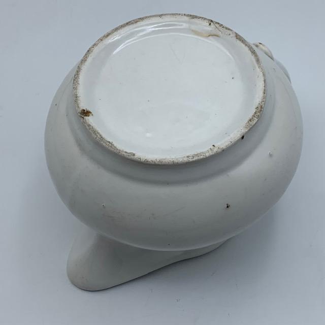Pichet en porcelaine