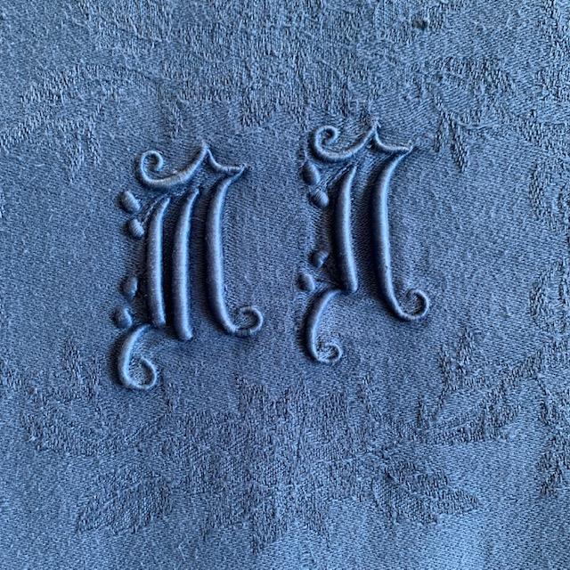 Nappe en métis teintée bleu