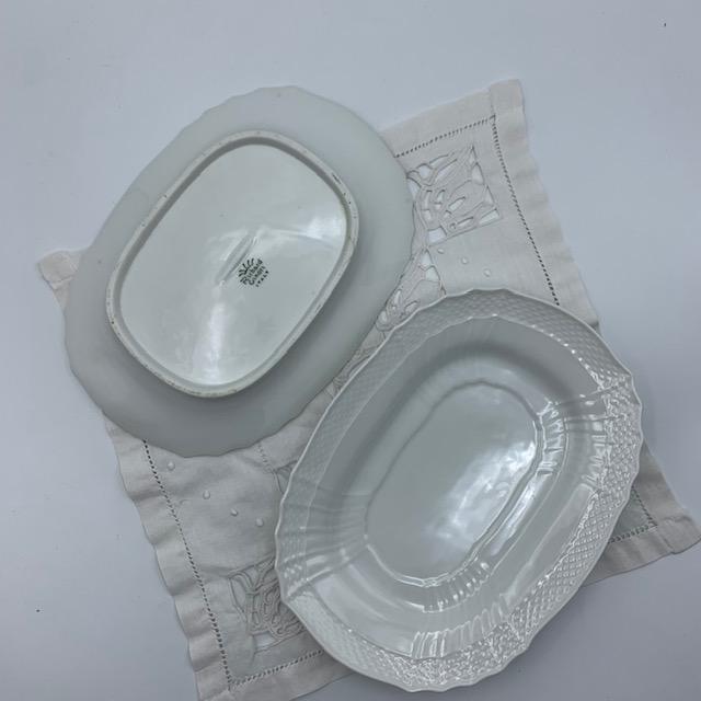 Petit plat carré en porcelaine italienne